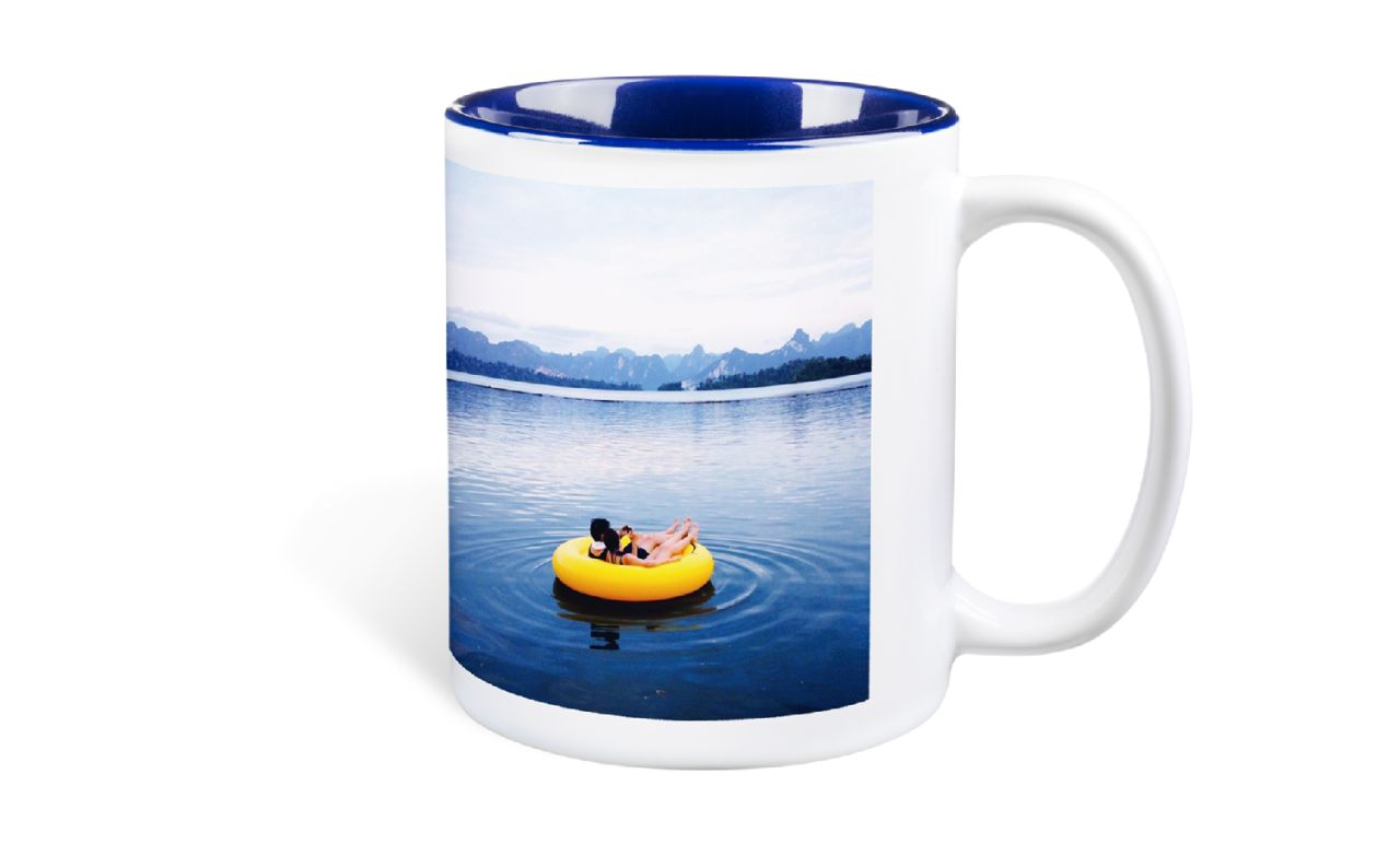 Photo mugs with interior colour